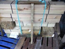 Timber decking spindles 41mmx41mmx900mm