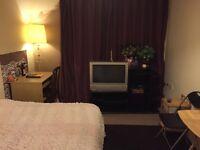 DOUBLE BEDROOM CLEAN & TIDY FOR RENT