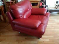 LARGE MODERN LEATHER 3 SEATER SOFA AND CHAIR (FROM HARVEYS)