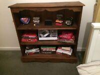 Shelving unit/Book shelf