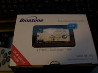 """Binatone 4.3"""" Sat Nav, Lifetime UK and ROI Maps. cables and mounting bracket, never been used."""