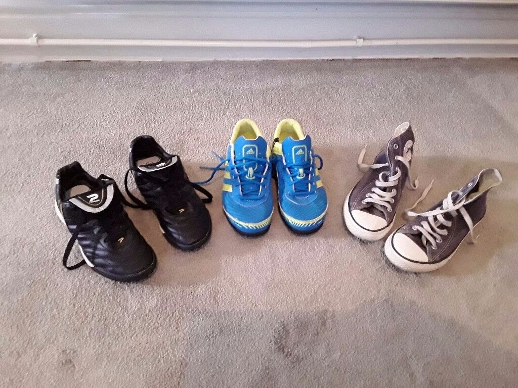 Kids size 2 and a half Converse trainers and astroturf trainers