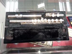 Yamaha Flute. We Sell Used Instruments. Get a Deal at Busters Pawn (#30622)