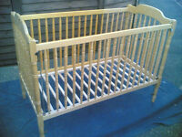 Mamas & Papas Wooden Cot (Large)