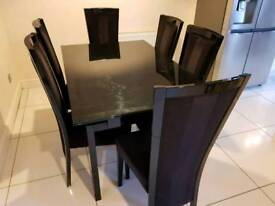 Casabella extendable dining table