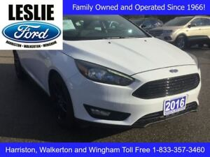 2016 Ford Focus SE | One Owner | Local Trade