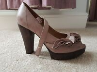 TOPSHOP purple high-heeled shoes with frill UK size 6 (39)
