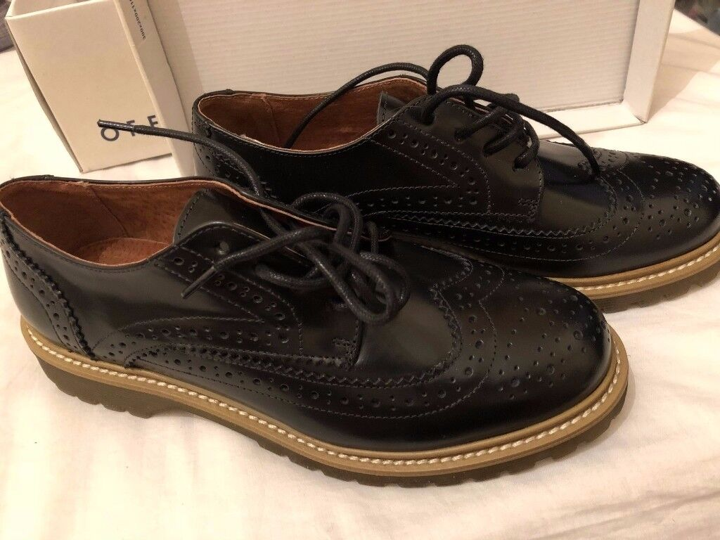 NEW office Brogues Black Box Leather SIZE 7