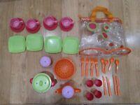 Kids picnic/tea set in bag