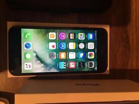 iPhone 7 128gb like new On EE, Black immaculate