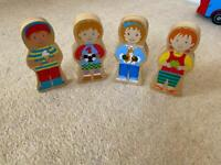 Bigjigs wooden magnetic people - double sided