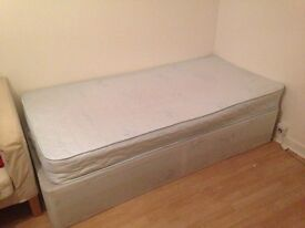 Selling single bed! Good condition!