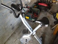 Exercise bike with digital display scan, time, speed, distance,and cal mode settings vgc gwo