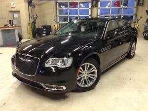 2016 Chrysler 300 LIMITED.TOIT PANO.CUIR.GPS.CAMERA.16 900 KM!!!