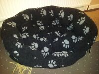 New unused medium size Dog bed and anti barking accessory. Portsmouth, North End