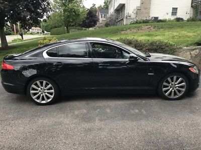 2011 Jaguar XF Premium 2011 Black Jaguar XF Premium Sedan - 385HP V8