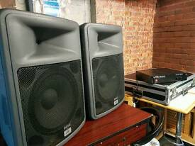 Mixer speakers and amplifier