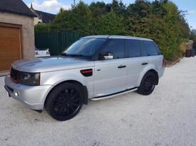 Range Rover sport 12 months mot chap tax bracket doesn't need nothing great condition