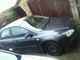 BREAKING MK2 FORD FOCUS 1.6 TDCI ( diesel )/ all parts available : can deliver/ paypal