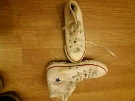 Kids trainers converse