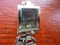 lovely quartz watch with new battery (11)