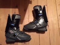 Salomon SX 92 Women's Ski Boots, size 7