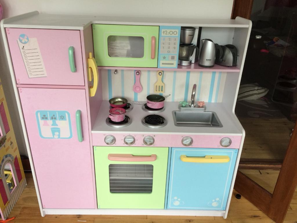 Kidkraft Large children's Kitchen