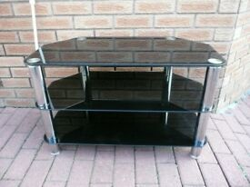 SMOKED GLASS TV UNIT