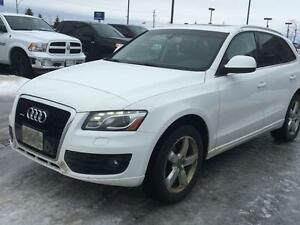 2009 Audi Q5 3.2 QUATTRO/ PREMIUM PLUS/ PANORAMIC ROOF/ HEATED