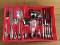 Brand New Luxury Cutlery Set 24 Pieces Silver Plated