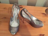 Ladies Guess Silver Shoes Size 5