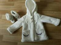 Girl's 6-9 months coat and shoes (set)