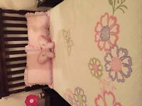 Reversible bedding for double bed
