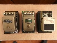 Various effects pedals.