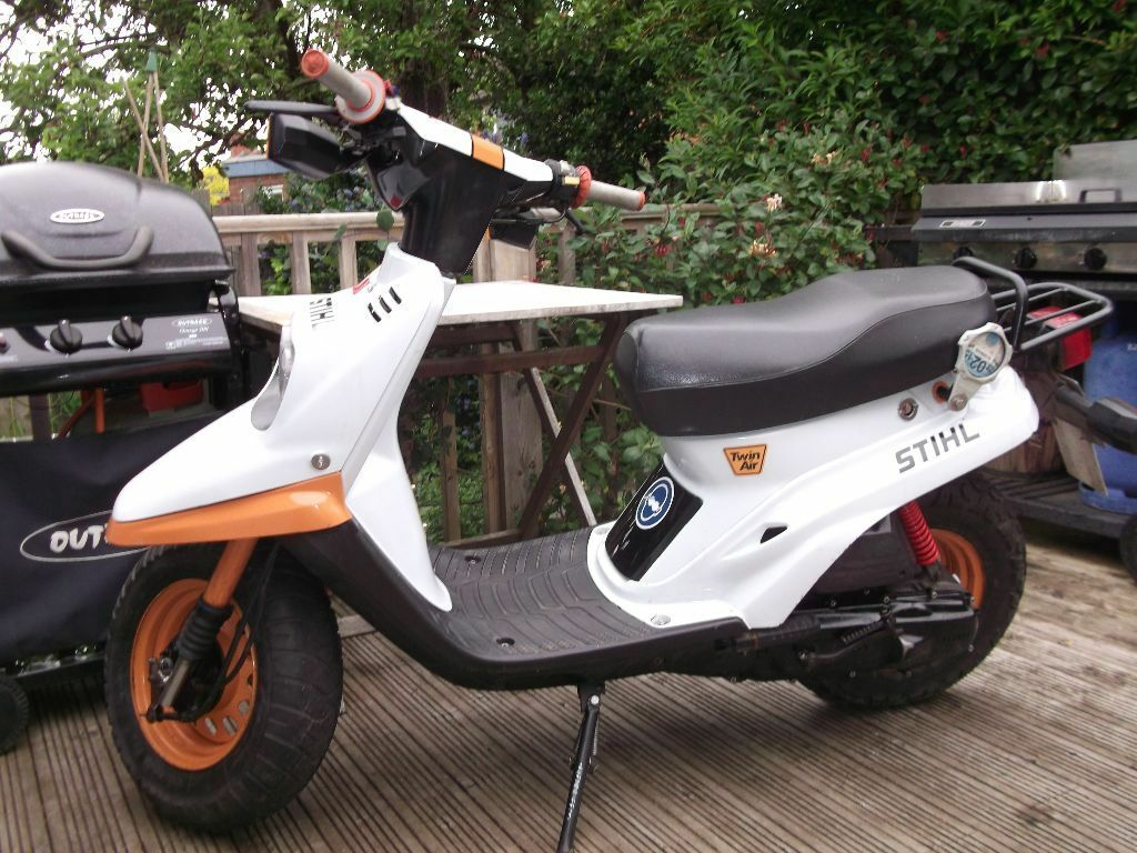 yamaha bws 50cc moped retro styled 1996 in rugby. Black Bedroom Furniture Sets. Home Design Ideas
