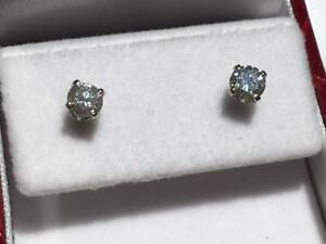 #1614 14K BRAND NEW WHITE GOLD DIAMOND SCREW BACK EARRINGS .65CT TOTAL! APPRAISED FOR $3525.00 SELLING FOR $1195.00!