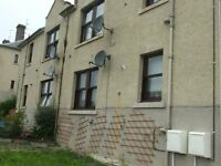 SPACIOUS 2 BEDROOMED UNFURNISHED LOWER VILLA FLAT IN GOREBRIDGE