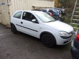 Vauxhall corsa 2001 BREAKING FOR SPARES PARTS