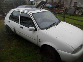 1996 ford fiesta automatic for parts fields etc
