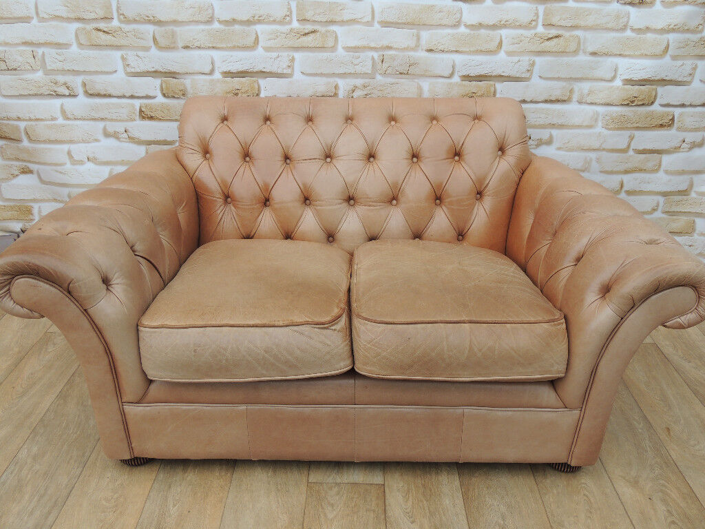 Vintage Style Distressed Leather Chesterfield Sofa Delivery In Eltham London Gumtree