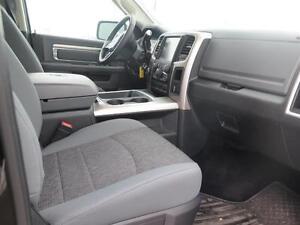 2016 Dodge Ram 2500 SLT! V8! Heated Seats! Class V Hitch! London Ontario image 13