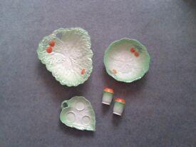 Beswick Ware. Leaf and Tomato Pattern.