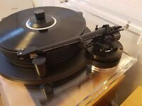 Michell Engineering Orbe with SME V Turntable