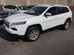 2015 Jeep Cherokee North, Automatic, 4WD