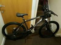 Giant mountain bike with fluid brakes