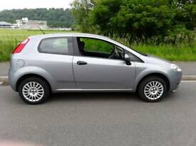 Fiat Grand Punto 1.4 low miles only 31,000, dealer history.