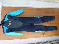 Ladies Wetsuit Billabong Full length Long Sleeve Size 6 Black/Turquoise Brand New