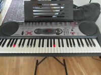 Casio keyboard with stand LK-35