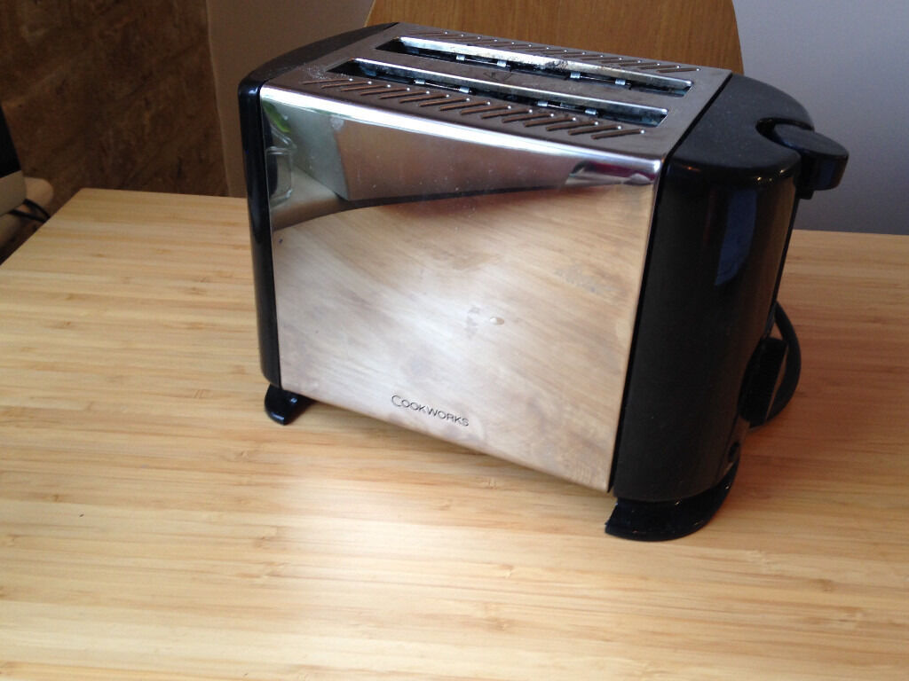 Free Toaster to pick up in E2