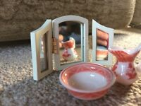 Dolls' House Porcelain Set with Mirror